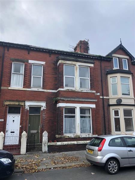 FOR SALE BY PUBLIC AUCTION - FRIDAY 16TH NOVEMBER 2018 AT 11AM AT THE MACDONALD TICKLED TROUT HOTEL, PRESTON NEW ROAD, PR5 0UJ, OFF JNC 31 OF M6 GUIDE PRICE - £80,000 - £90,0005 bedroom house of multiple occupancy with an additional self contained flat. The whole property is in need of extensive renovation. This property is located in the centre of Fleetwood in a brilliant location close to shops, transport links and the Promenade. This property is a fantastic investment opportunity!! VIEWING IS HIGHLY RECOMMENDED!!! 01253 624047 TO BOOK VIEWING TODAY!!(Please note: this property is subject to a buyers premium of £1,000 + VAT)